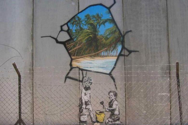 Bansky in Cisgiorndania: graffiti sul limite