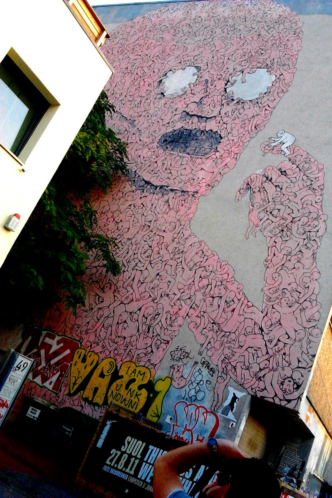 street_art_blu_2