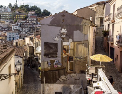 How street art is helping young migrants paint a brighter future in Italy